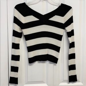 Energie Cropped Sweater Size Jr L Striped